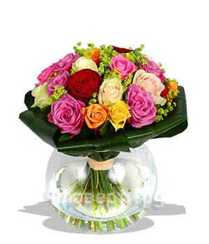 Бесплатная доставка цветов в москве цена на живые цветы каллы